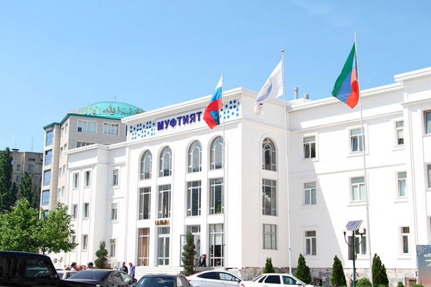 В мечетях Дагестана сократят время пятничных обрядов из-за коронавируса