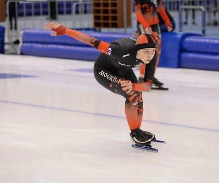 Дагестанка победила на соревнованиях по конькобежному спортув Коломне
