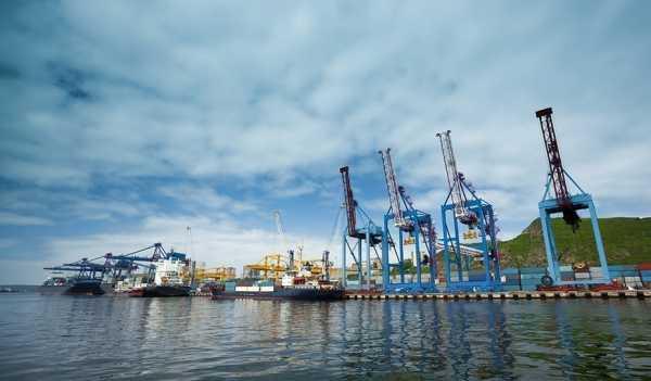 Махачкалинский порт с начала года обработал 2,15 млн тонн груза