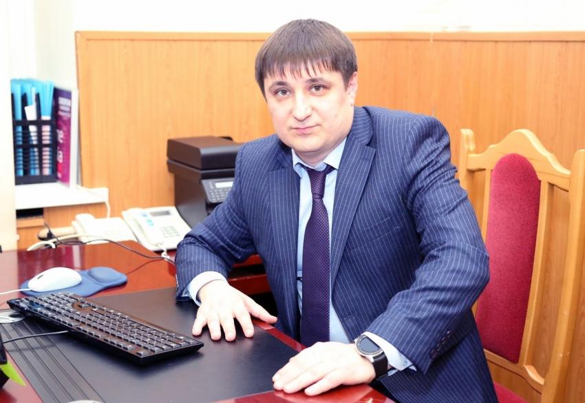 Махач Омаров назначен замруководителя администрации главы и правительства РД