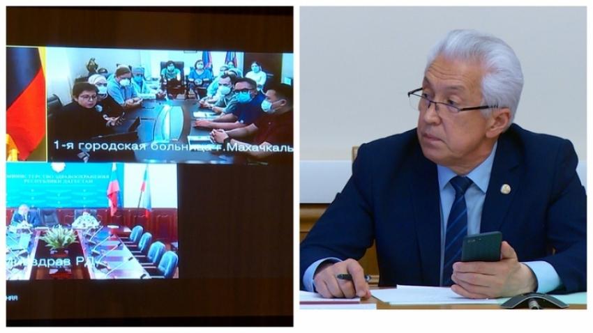 Глава Дагестана пообщался с работниками ГКБ №1 Махачкалы