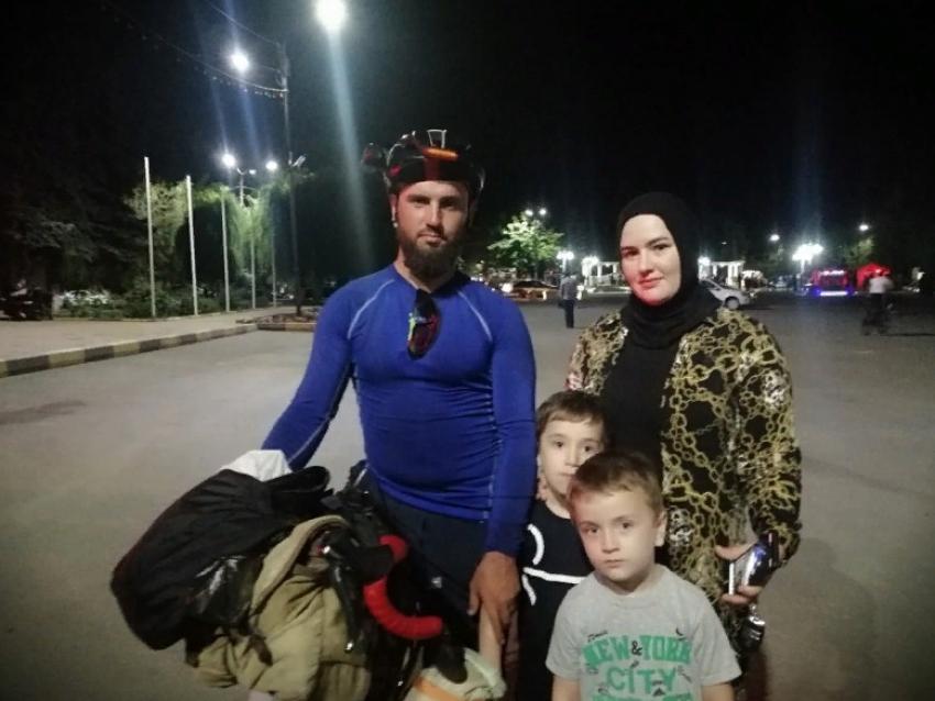 Велосипедист из Дагестана проехал 2700 км до Крыма и обратно