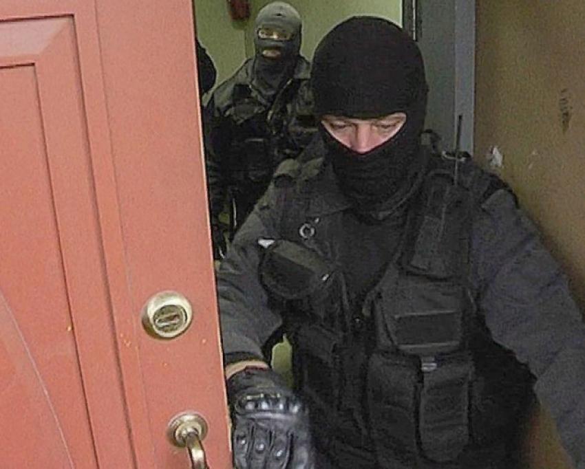 Силовики ведут обыски у главы района в Дагестане
