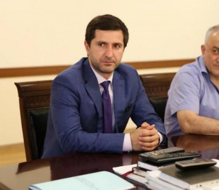 Батыр Эмеев назначен главой Минпромторга Дагестана
