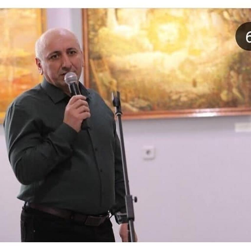 В Дербенте открылась персональная выставка Мурада Магомедова