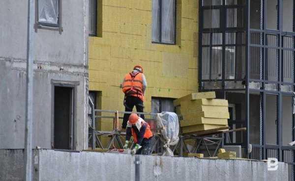 Многоэтажки Каспийска и Буйнакска по программе капремонта получат новые фасады и кровли
