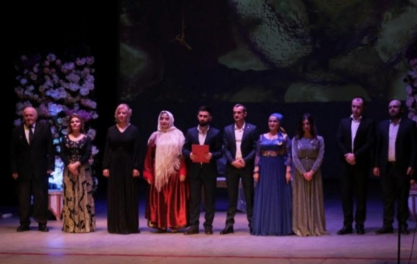В Аварском театре Махачкалы прошёл концерт к 8 марта