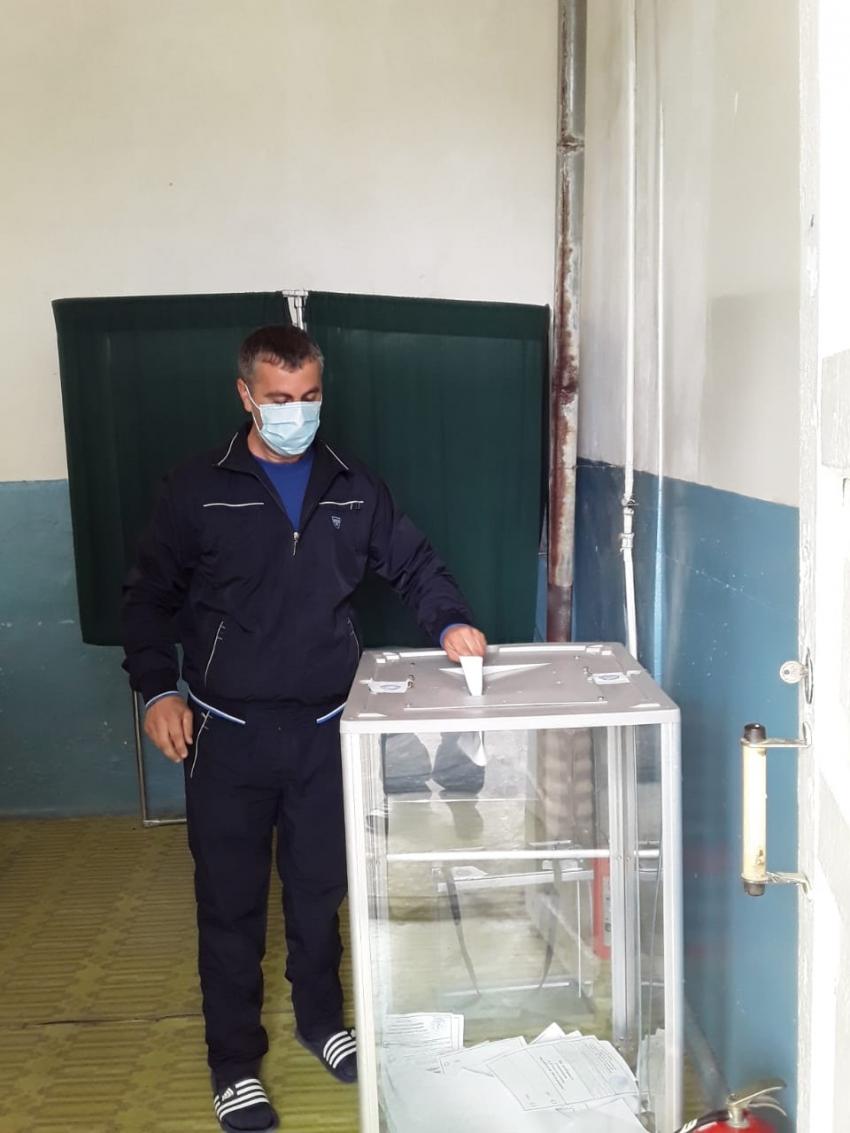 Сотрудники Дагслесхоза досрочно проголосовали за поправки в Конституцию