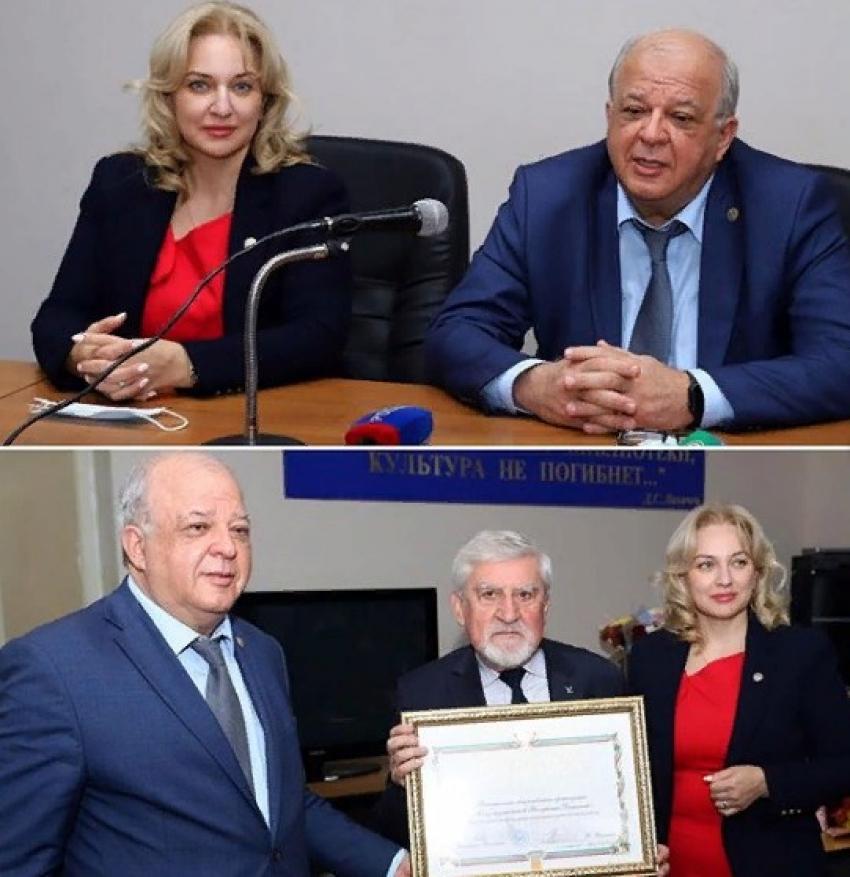 В Дагестане наградили деятелей культуры