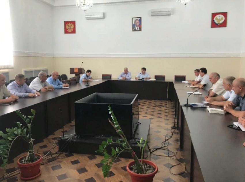 В Табасаранском районе обсудили реализацию региональных проектов
