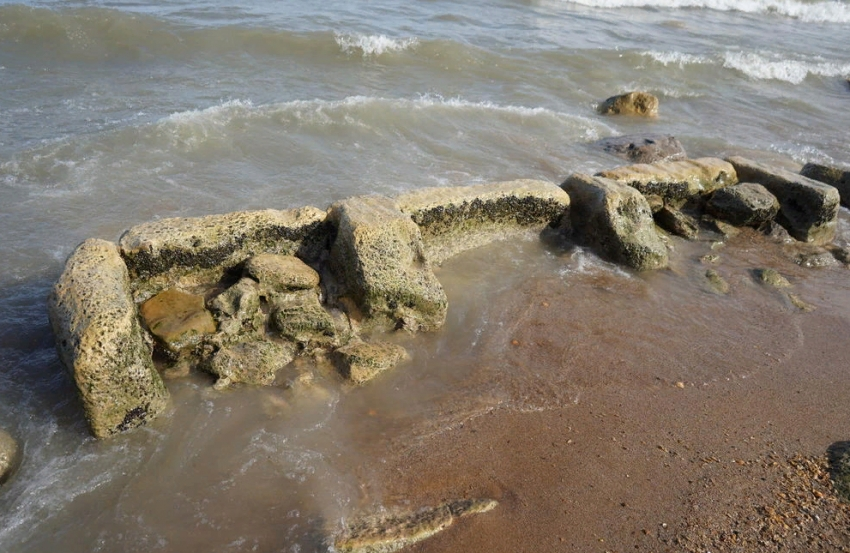 На берегу Каспия в Дербенте обнаружены строения средневекового порта