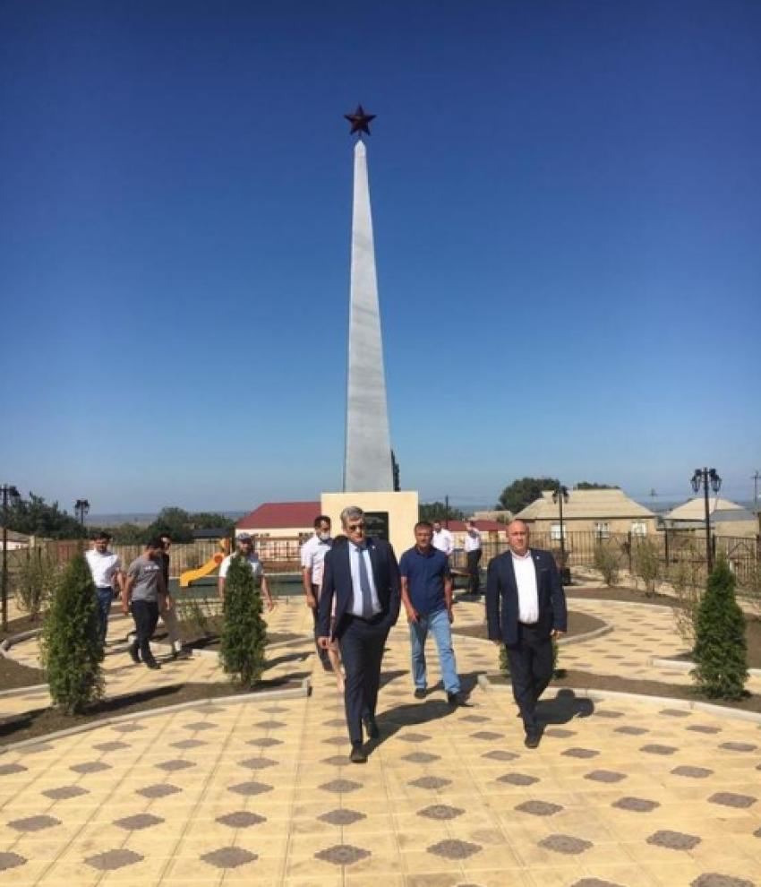 Владимир Иванов с рабочим визитом посетил Кумторкалинский район