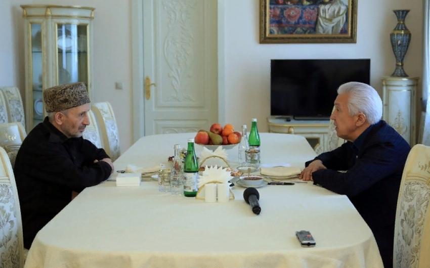 Владимир Васильев и Муфтий Дагестана обсудили ситуацию с коронавирусом